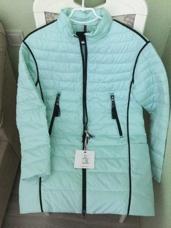 Новая брендовая курточка с бирками размер М недорого
