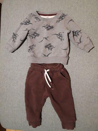 Костюм Carter's с динозаврами на мальчика 9 - 12 месяцев флисовый