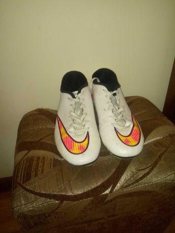 Nike mercurial białe