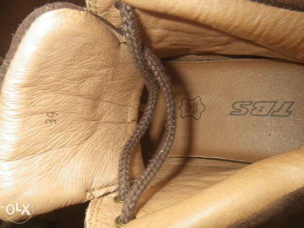 Продам новые ботинки TBS