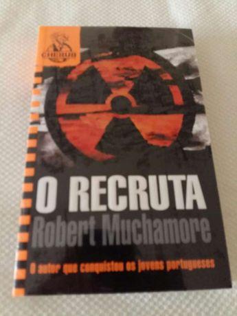 Livro 'O Recruta' Robert Muchamore - Novo-selado
