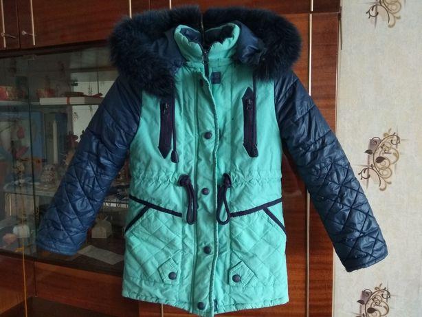 Зимняя куртка 32р. и подарок