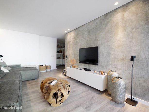 Casas Apartamento para Venda em Linda a Velha, Oeiras