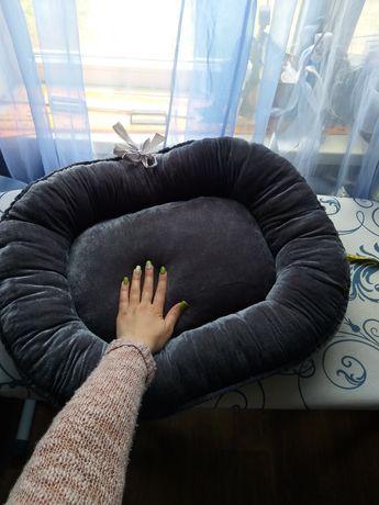 Лежак 60×50 собак котов кошек мопса терьера таксы лежанка