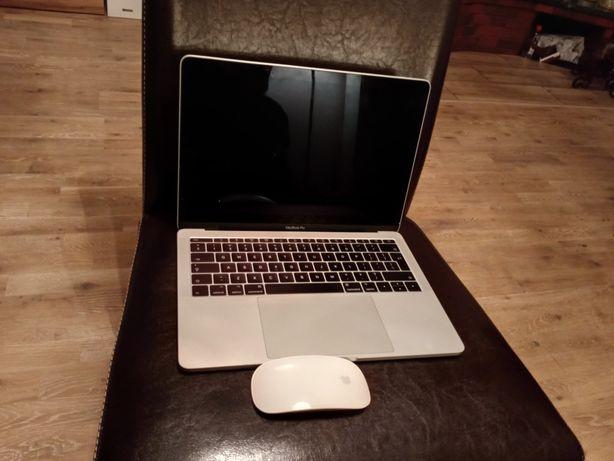 Macbook Pro 13- inch Silver/2.3 GHz/8GB/128 GB