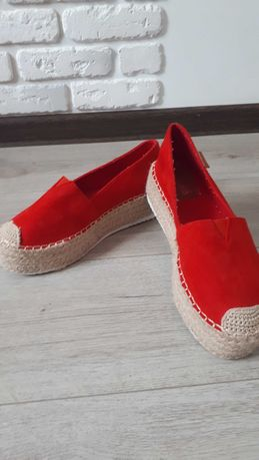 Взуття 40 розмір