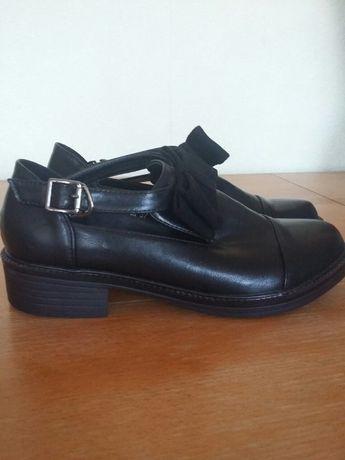 Туфли -лоферы р. 37