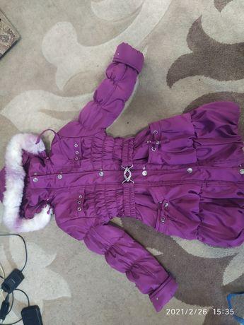 Зимняя куртка на цегейке на 6-8 лет