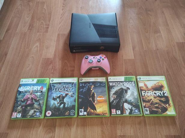 Xbox 360 c/comando, jogos e cabos