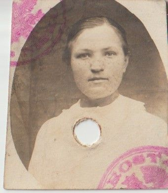 stara fotografia kobieta nieznana