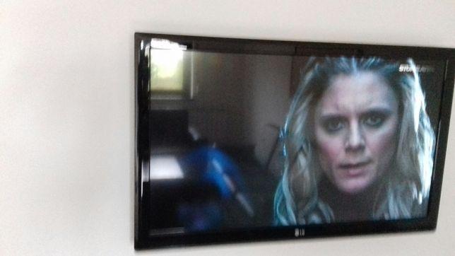 """Sprzedam telewizor 42""""wszystko działa"""