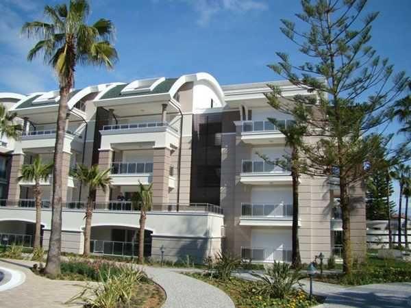 Продам 2 этажные апартаменты в элитном комплексе Tropicana в г Сиде