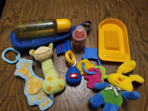 Дитячі іграшки одним лотом