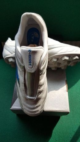 OKAZJA!!!Buty piłkarskie/korki/ Diadora Rete MD junior rozmiar 38,5.