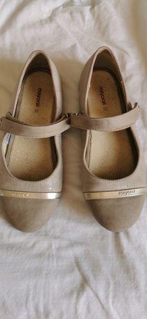 Sapatos Mayoral 35