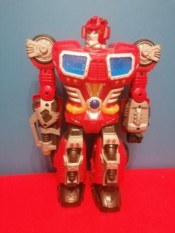 Duży robot, chodzi, mówi