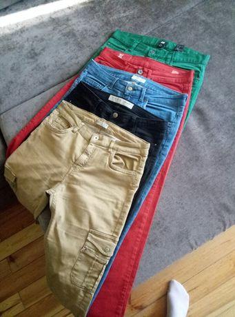 пакет фирменных джинсов