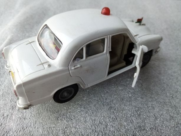 Miniaturas de carros-Antigos e raros