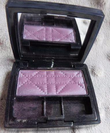 pojedynczy fioletowy cień Dior 156 Purple Show