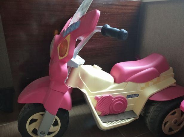 Электро мотоцикл peg perego