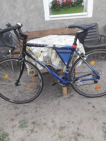 Rower szosowy kolarzówka