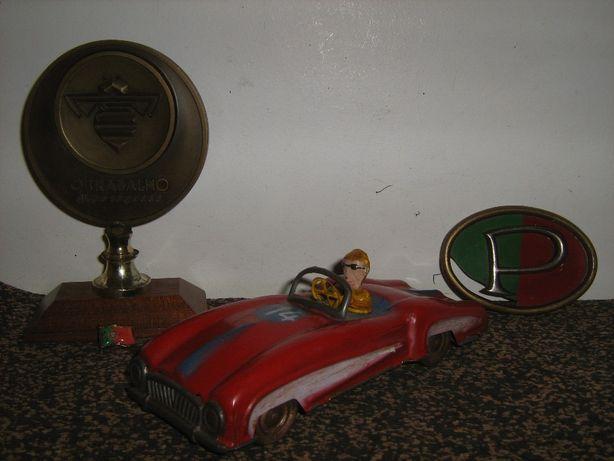 Brinquedo antigo