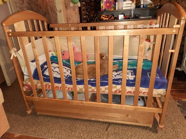 Детская кроватка маятник 2 положения