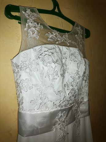 Продам Свадебное платье 44-48