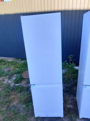 Холодильник Kernau. Холодильник з Європи.Холодильник під забудову.2018