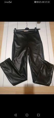 Czarne spodnie ekoskora rozmiar S NKD