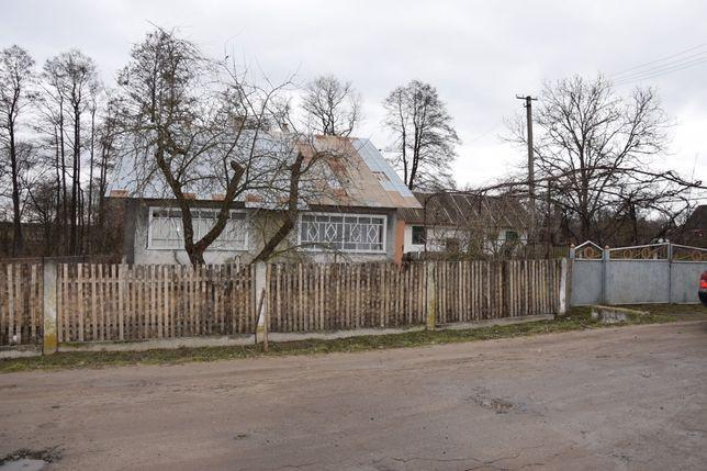 Продам будинок в Яворівському районі