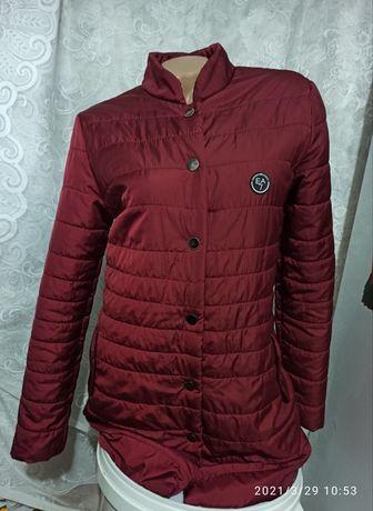 Куртка, пальто, плащ на 42-44р.