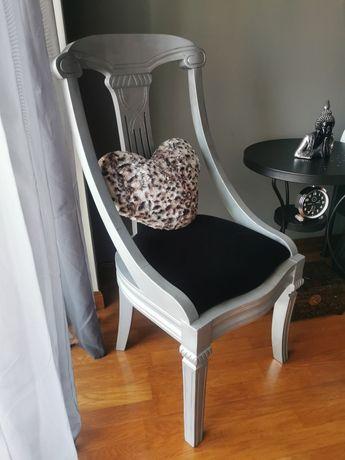 Cadeira clássica em madeira de 1932