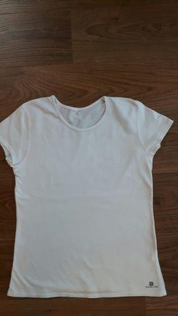 Biała bluzka 140/146 decathlon na wf