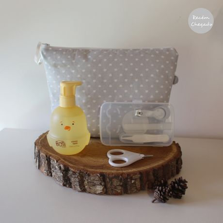 Conjunto bebé, bolsa impermeável, gel e kit unhas