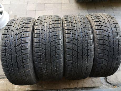 Зимняя резина 235/55 R17 Bridgestone Blizzak