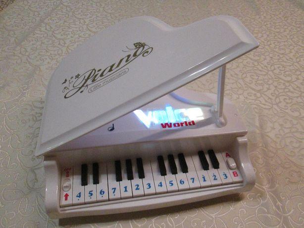 Рояль белый, пианино Piano Little musicians. Музыкальная игрушка
