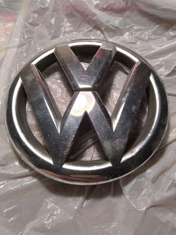 Эмблема решетки радиатора Volkswagen Polo 2010 - 2015