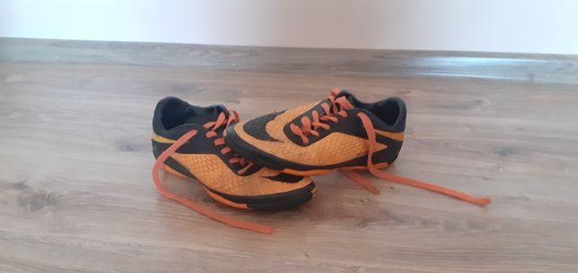 Сороконіжки Nike Hypernova