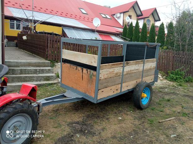 Przyczepka do traktora - możliwość dowozu laweta