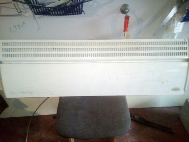 Продам электрический настенный конвектор