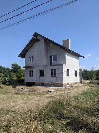 Продам дом в Подгороднем 10,5мх11,5м, после строителей.
