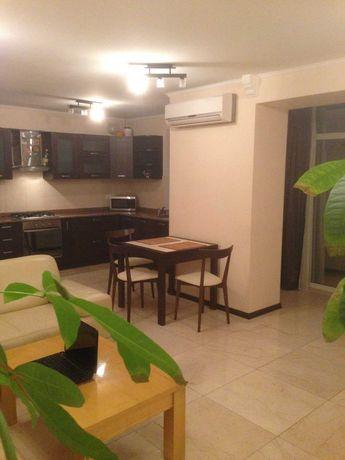 Продам УНИКАЛЬНУЮ 2 комнатную квартиру в Соломенском районе