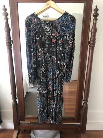 Vestido floral- ZARA