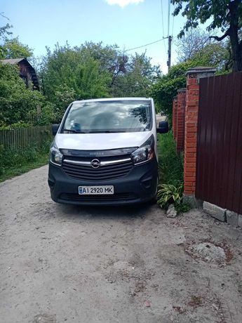 Продам Opel Vivaro 2015