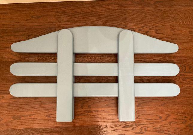 защитный бортик для кровати из дерева
