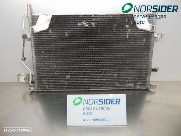 Radiador condensa AC frt viatura Kia Rio Break|01-03