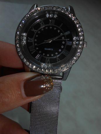 Продам часы наручные женские. Новые!