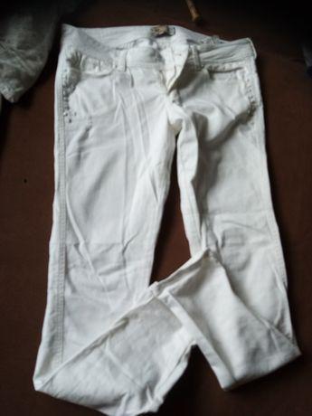 Spodnie białe r 40 L Bershka