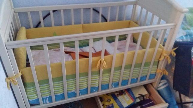 Детский манеж. Кроватка с матрасом в комплекте.